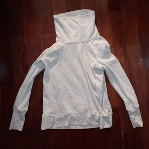 n/a Tops - Women's White Pullover